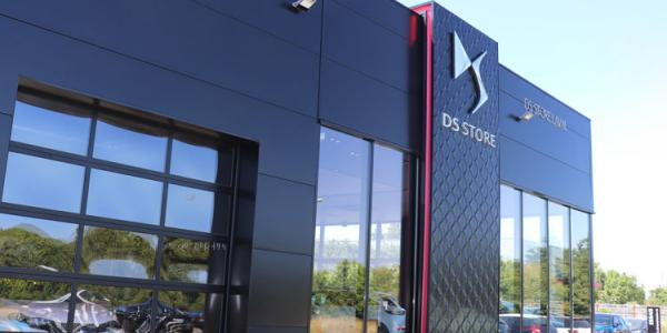 DS Store Laval